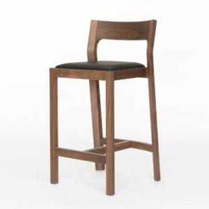 Дизайнерский барный стул №5 из массива